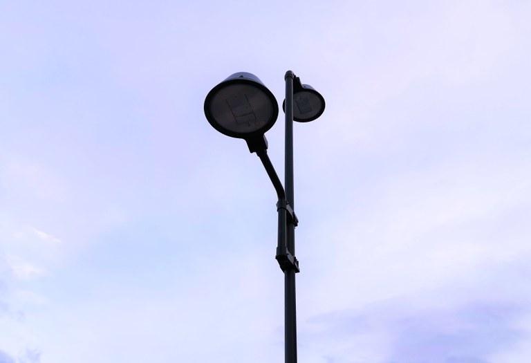Herriko argiteria LEDetara aldatzeko lanekin jarraitzea
